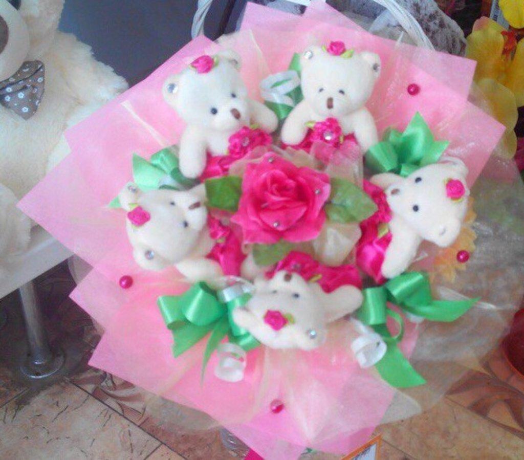 Сувениры, подарки: Букет из мягких игрушек № 2 в Николь, магазины цветов