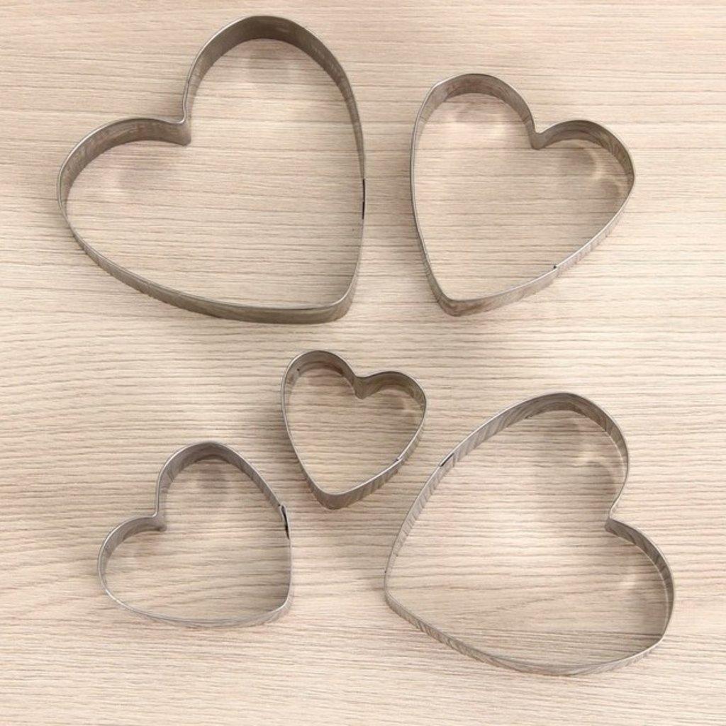 """Вырубки: Набор форм для вырезания печенья """"Сердечки"""", 5 шт в ТортExpress"""