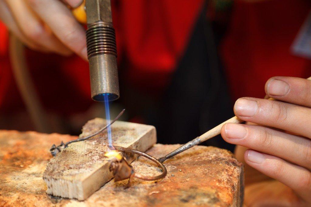Ремонт ювелирных изделий: Ювелирная пайка в Алмаз, ювелирная мастерская, ООО