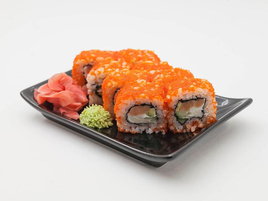 Холодные роллы: Калифорния с лососем в Tokio