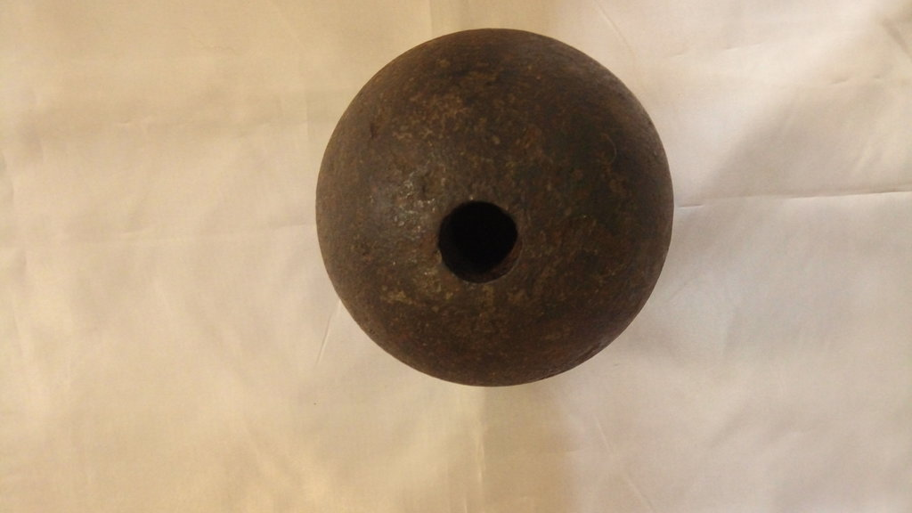Подлинные предметы Крымской войны: 1/4 пудовая граната для 1/4 пудового единорога в Модели кораблей