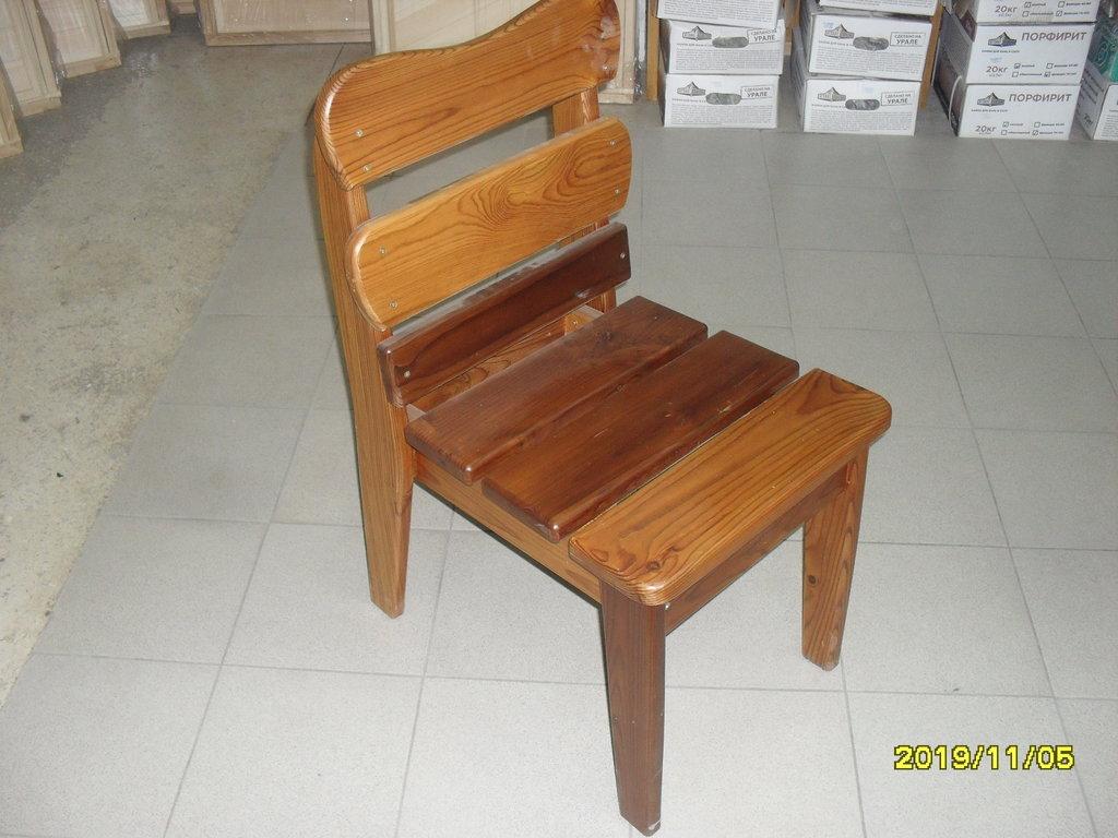 Мебель для саун и бань: стул лакированный (термо-доска) в Погонаж