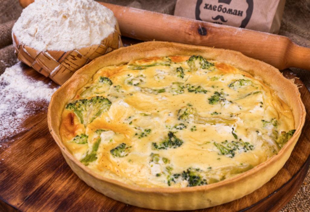Киш Лорен: Киш с брокколи и творожным сыром в Хлебоман