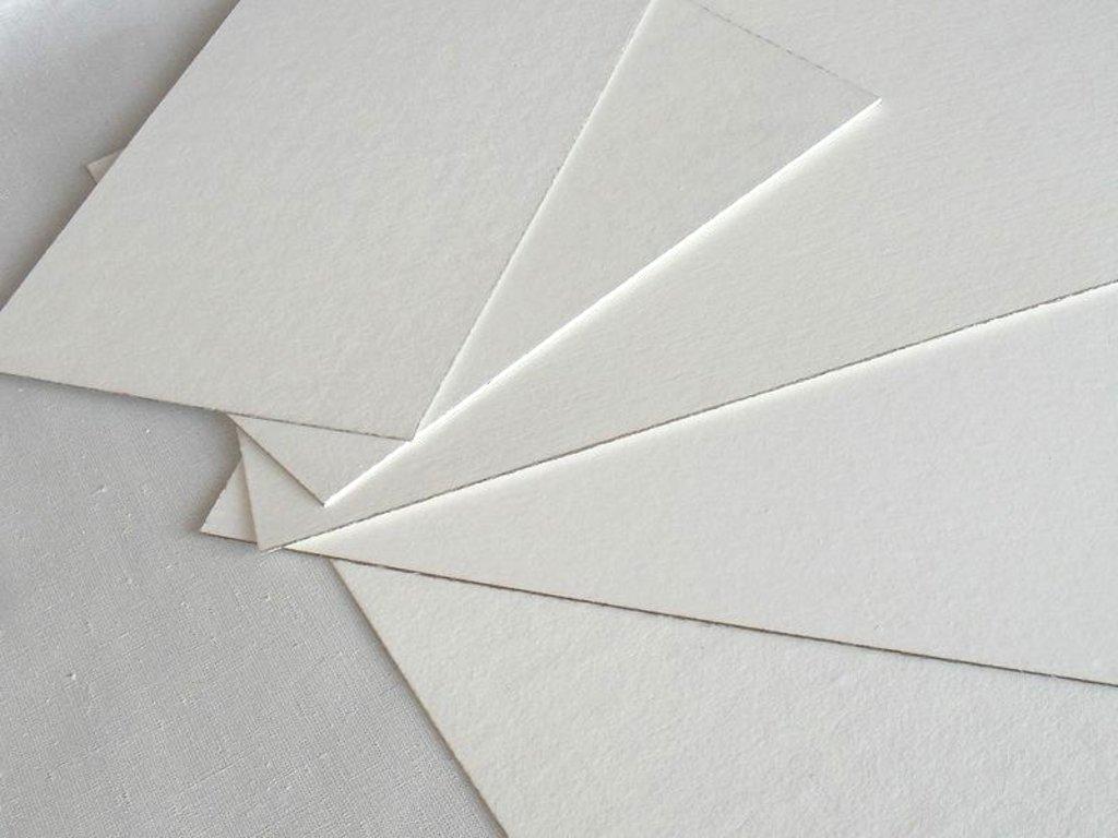 Картон грунтованный: Картон грунтованный акриловой эмульсией двусторонний 30*50см в Шедевр, художественный салон