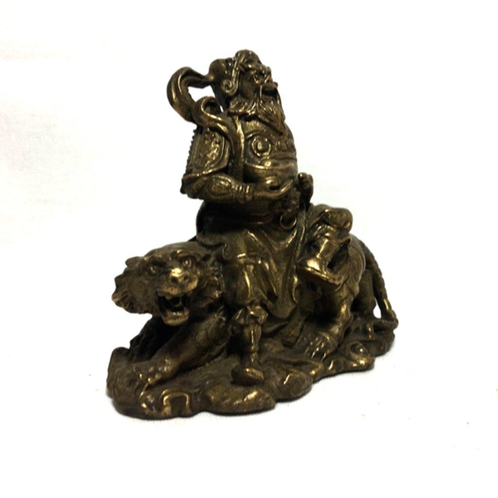 Статуэтки: Цай Шень в Шамбала, индийская лавка