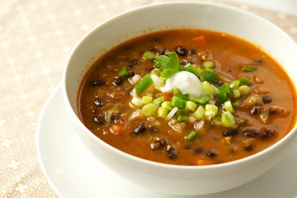 Пятница: Суп фасолевый с курочкой (350 мл) в Смак-нк.рф