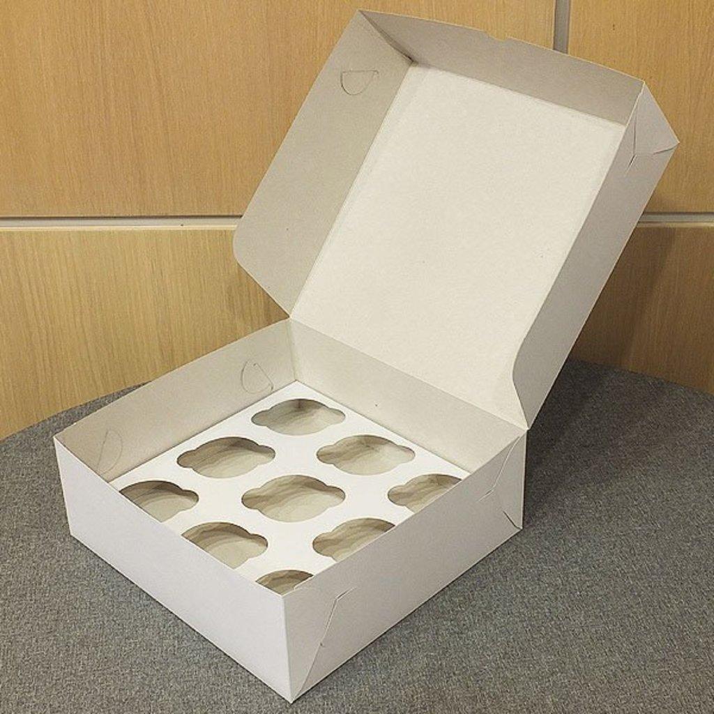 Упаковка: Коробка для 9 капкейков в ТортExpress