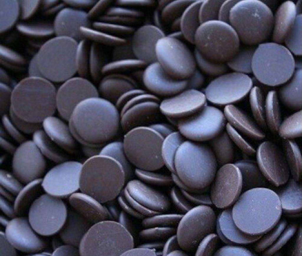 Шоколад,шоколадная глазурь: Глазурь шоколадная темная Карибе Производство Италия  0,5 кг в ТортExpress