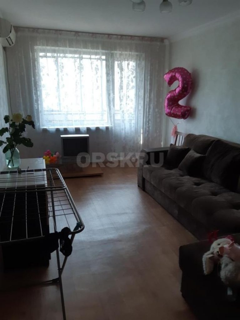 2-комн. квартира: г. Орск. ул. Пржевальского д. 21А в Континент