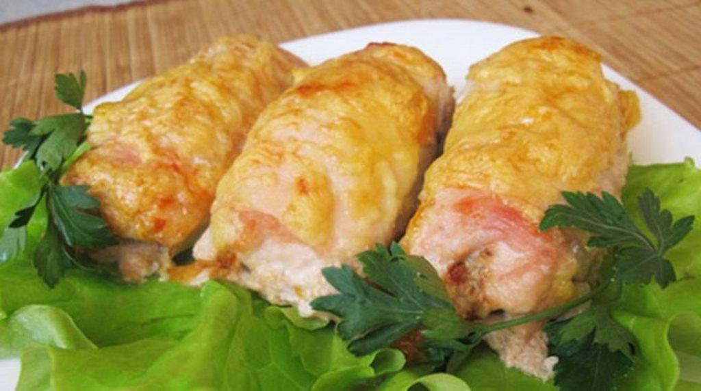 Суббота: Рулет куриный с сыром и овощами с гарниром 280гр в Смак-нк.рф