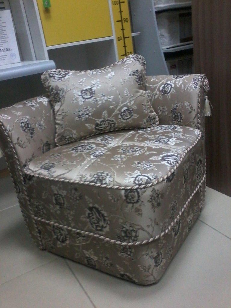 Банкетки и кресла: Пуф Маркиз в Диван Плюс