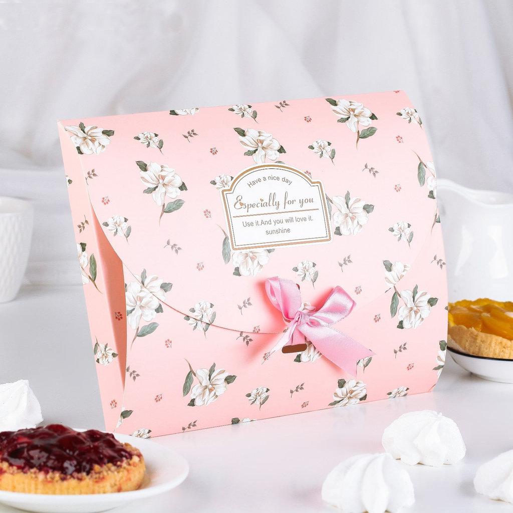 Коробки для кондитерских изделий: Коробка сборная для сладкого 20 х 26 х 2 см в ТортExpress