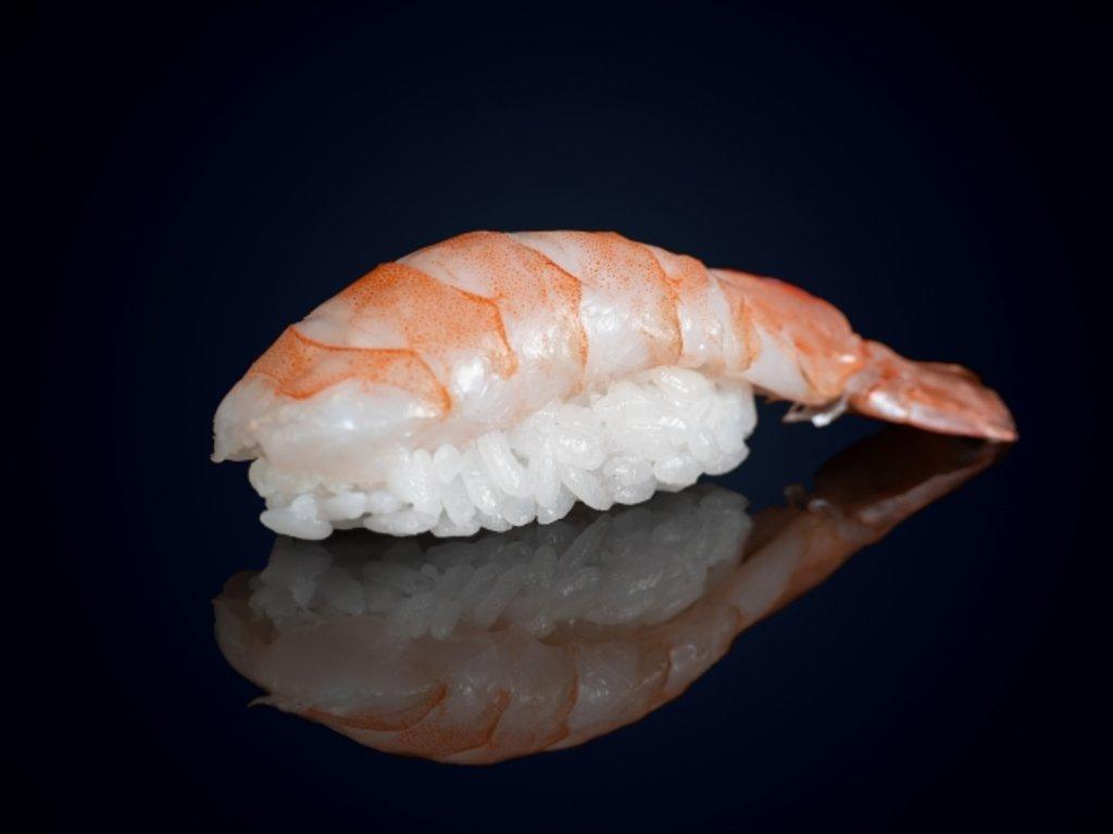 Суши и гунканы: Суши эби в МЭСИ суши&роллы