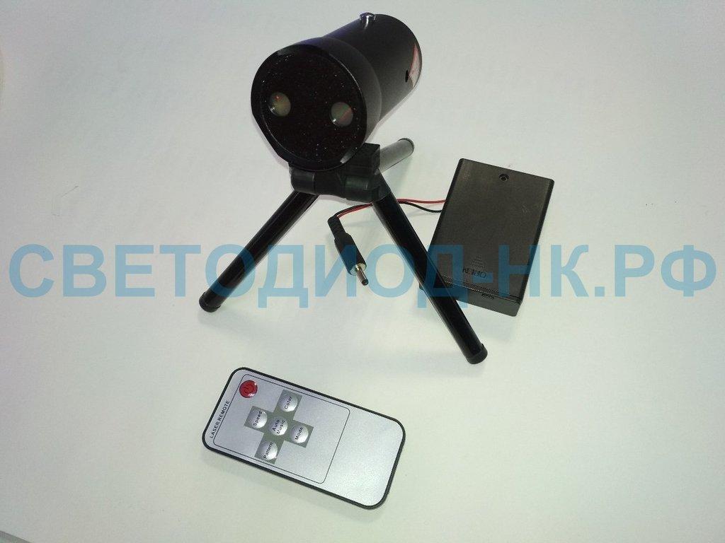 Новогодняя иллюминация: Лазерный проектор MINI-580 в СВЕТОВОД