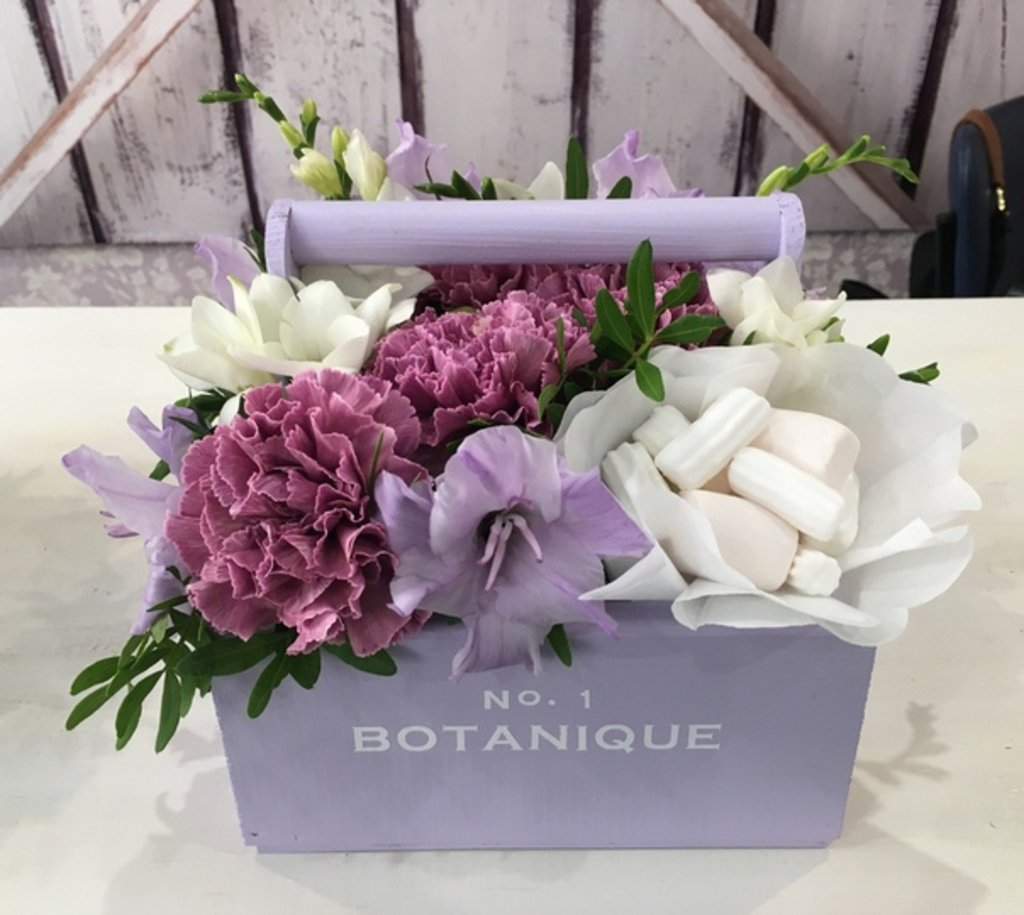 """Botanique CANDY: """"Botanique candy""""🍬 Цветы+сладости (Микс из сезонных Цветов+зефирки) в Botanique №1,ЭКСКЛЮЗИВНЫЕ БУКЕТЫ"""