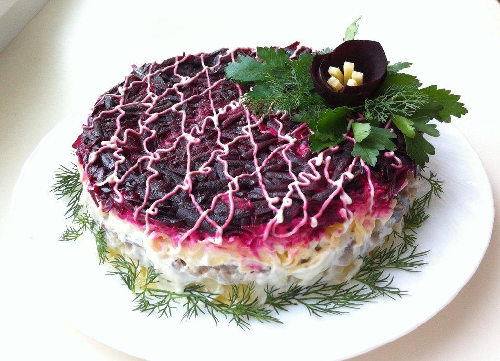 Меню: Селедка под шубой в Тортинка'фе, кафе, булочная-кондитерская