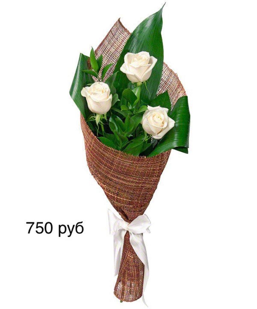 Букеты: Букет, розы белые в Николь, магазины цветов