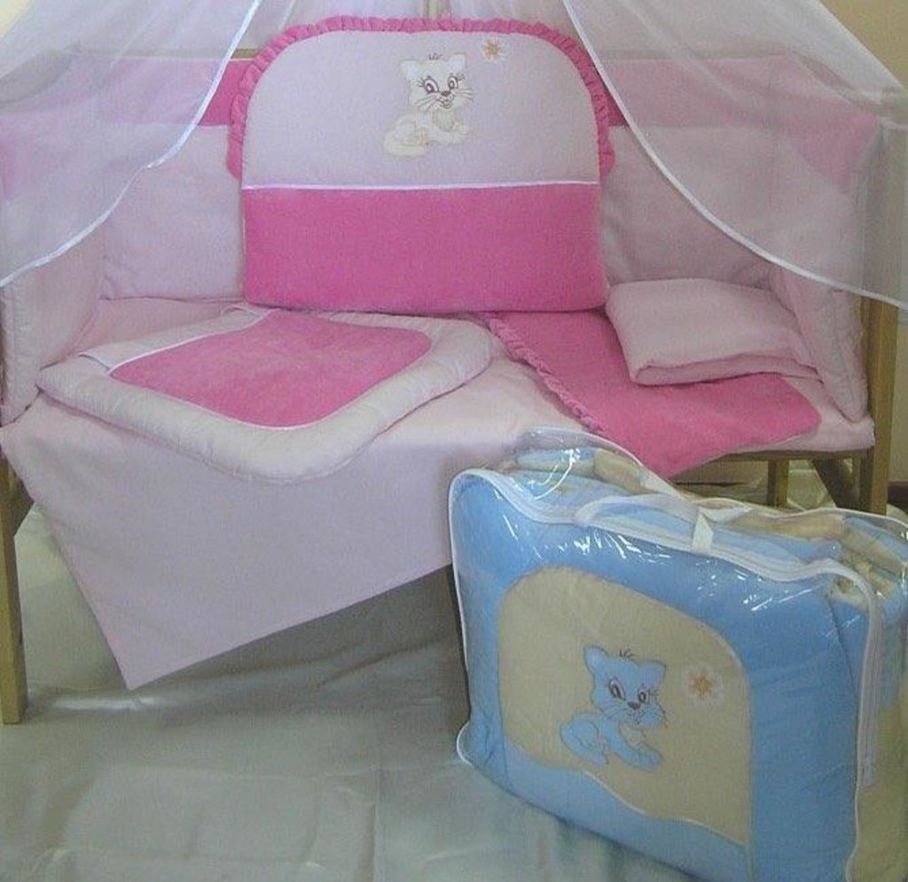 Комплекты в кроватку: Комплект в кроватку для детей до 3-х лет из 6 предметов в Детский универмаг