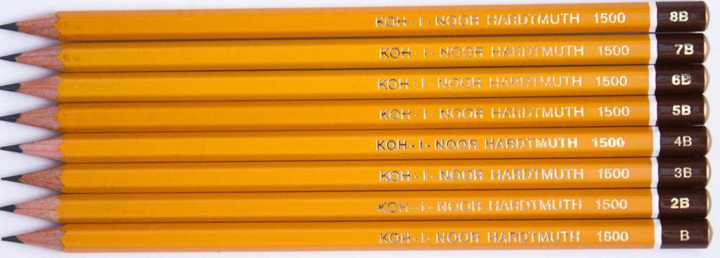 Чернографитные карандаши: Карандаш чернографитный KOH-I-NOOR 1500 B 1шт в Шедевр, художественный салон