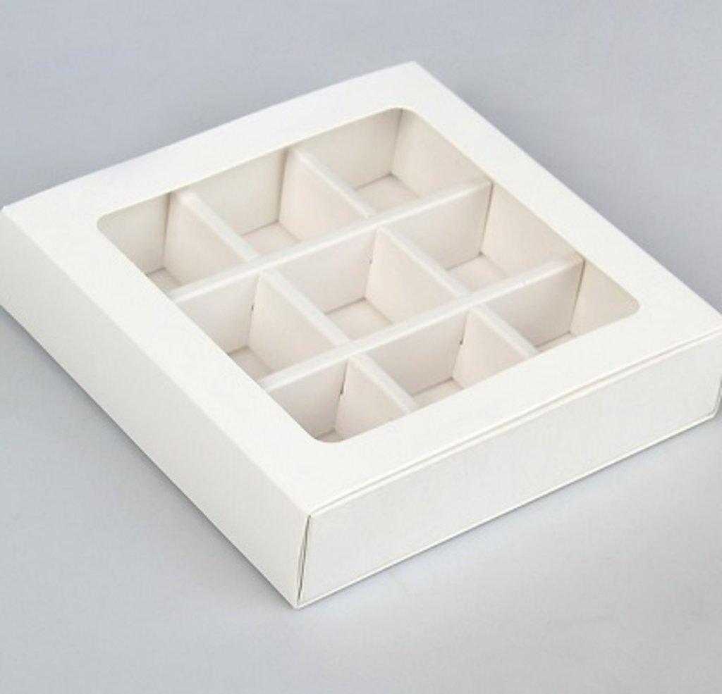 Упаковка: Коробка-пенал для 9 конфет в ТортExpress