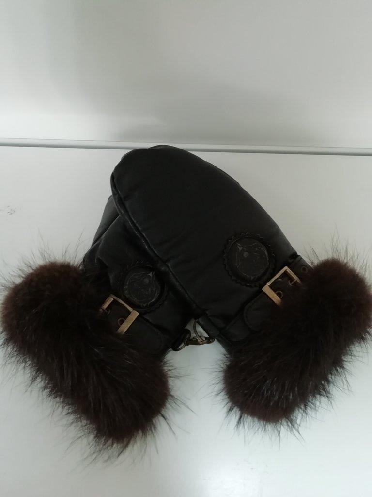Изделия из натурального меха и кожи (перчатки, варежки, тапочки): Варежки мужские натуральная кожа/мех бобёр в Сельский магазин