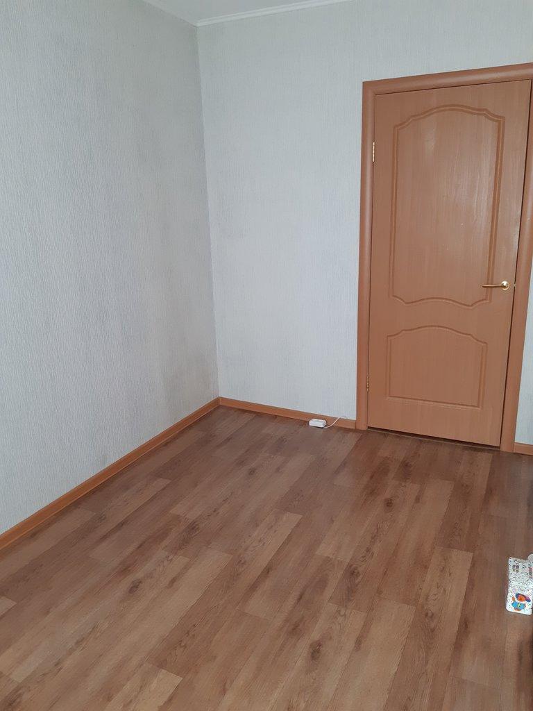 3-комн. квартира: г. Орск, переулок Вяземский, д. 24 в Континент