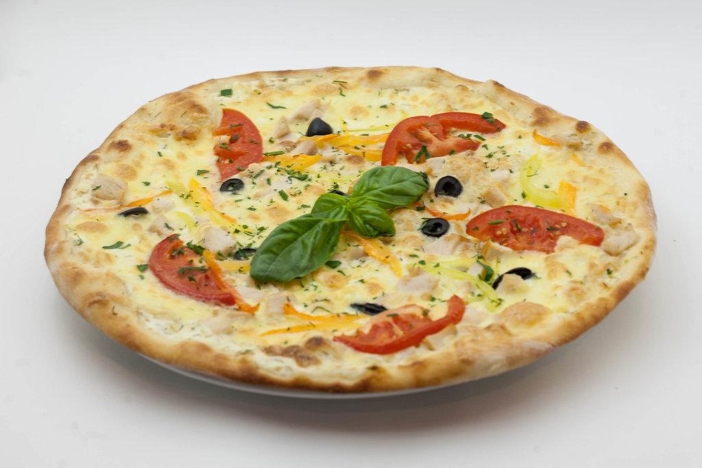 Пицца: Пицца с курицей в Tokio