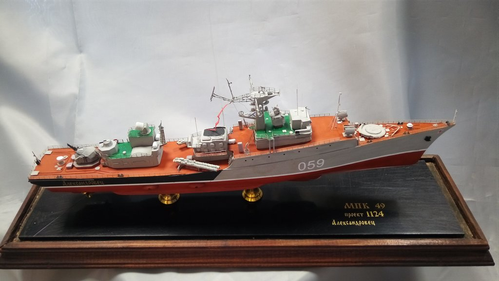 """Модели кораблей: Малый противолодочный корабль (МПК) проекта 1124 """"Александровец"""" в Модели кораблей"""