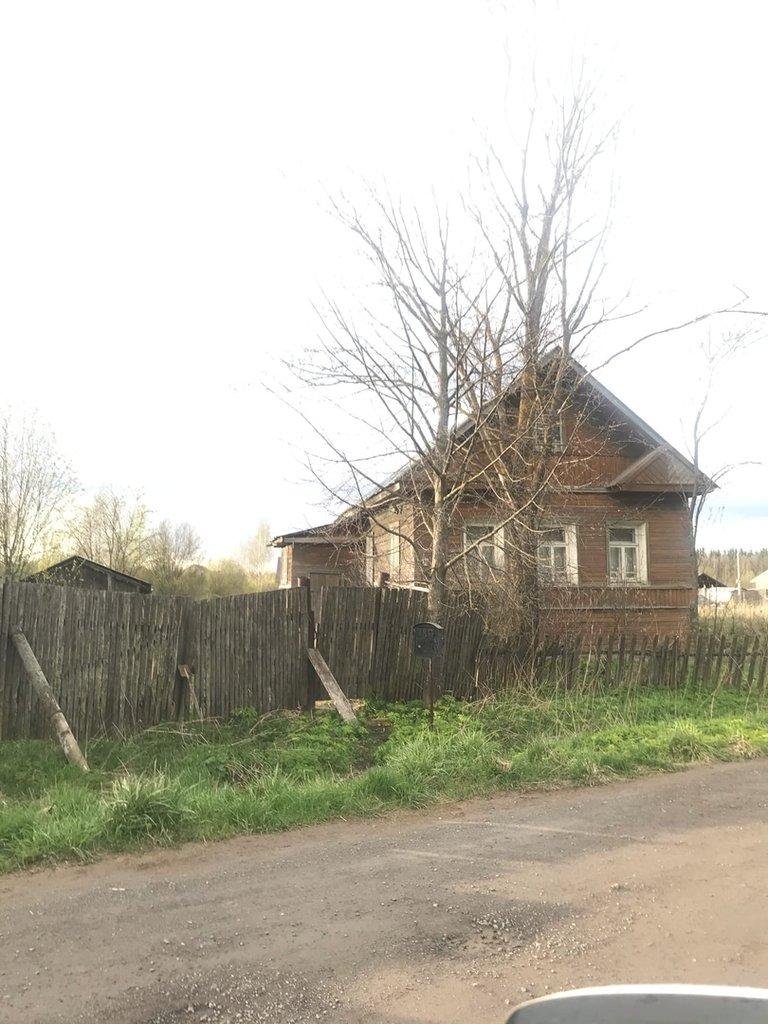 Дома: Дом и земля деревня Ирдоматка в Перспектива, АН