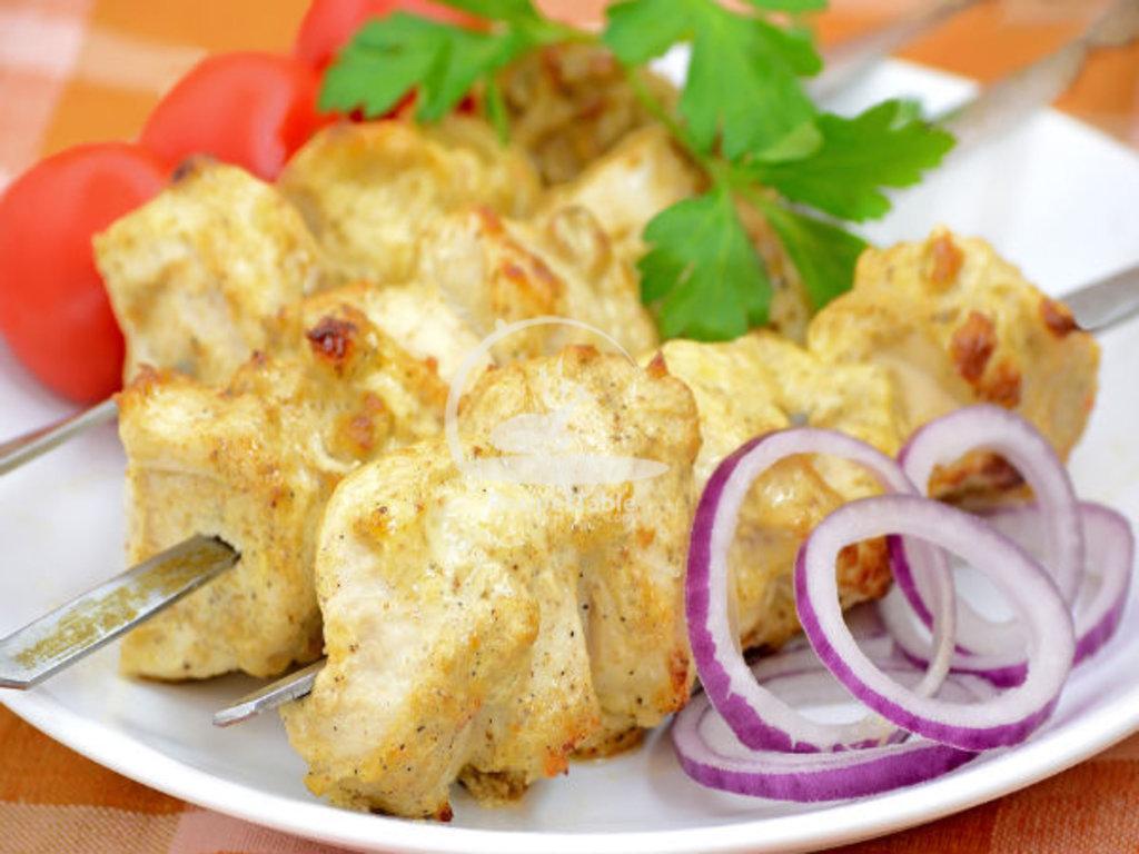 Горячие блюда: Чикен решми кебаб в Ganga