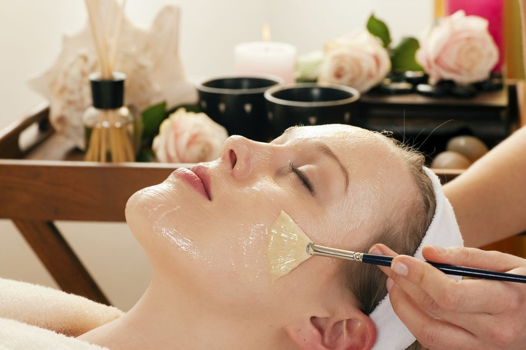 Косметологические услуги: Пилинг лица в Косметический кабинет