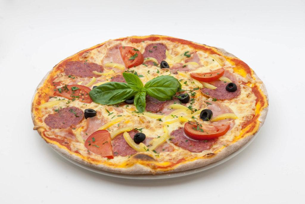 Пицца: Пицца Сицилия в Tokio