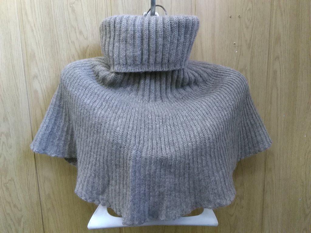 Манишки, шали, шарфы, платки, палантины: Манишка из шерсти яка в Сельский магазин