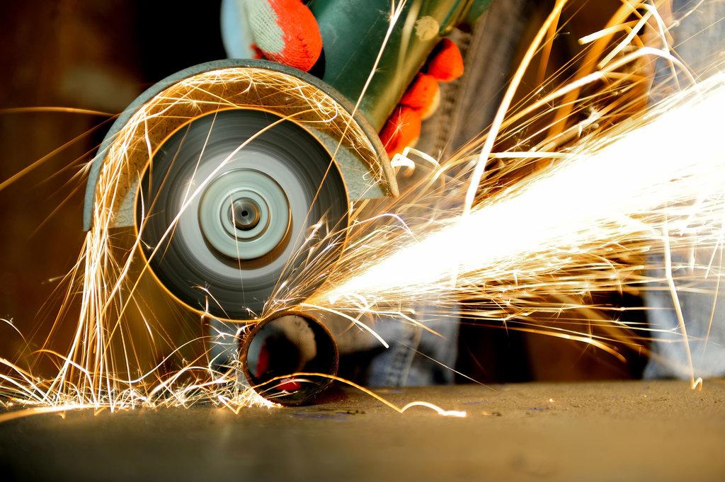 Обработка металла: Резка металла в ЖБИ и К