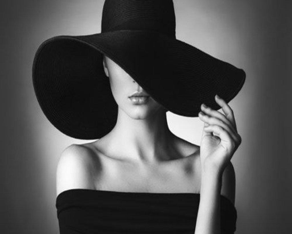 Живопись по номерам: Картина по номерам Paintboy 40*50 Дама в черном GX23798 в Шедевр, художественный салон