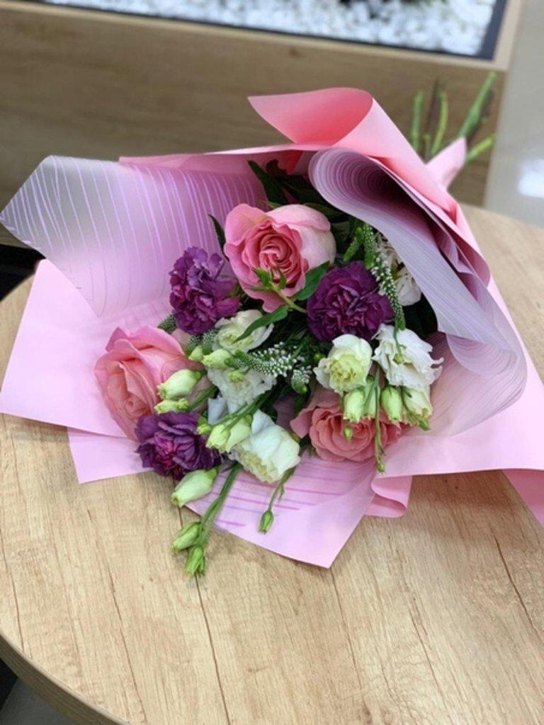 Миксованные букеты: Розовые очки в Первый цветочный