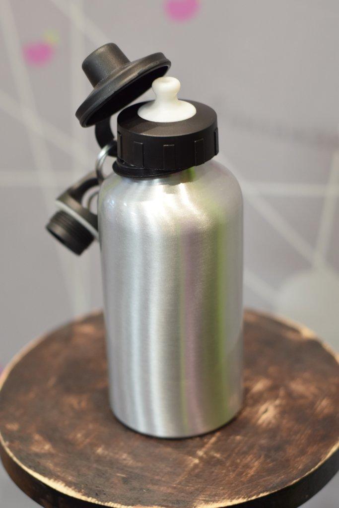 Бутылки для воды: Бутылка спортивная для воды (металлическая, цвет серебро, 600мл) в Баклажан  студия вышивки и дизайна