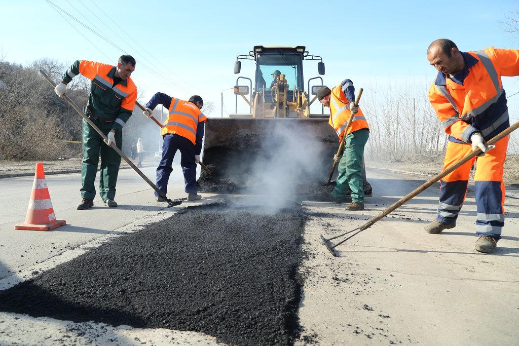 Строительство и ремонт дорог: Дорожное строительство и ремонт в Магистраль, ООО