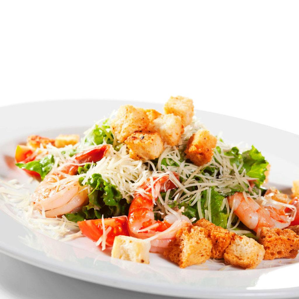 Салаты: Цезарь с креветками в Restorant SH