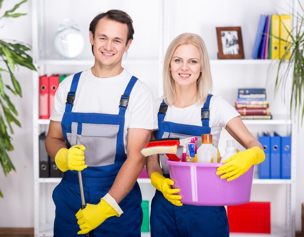 Клининговые услуги: Уборка квартир в ГАРАНТ КЛИНИНГ   клининговая компания