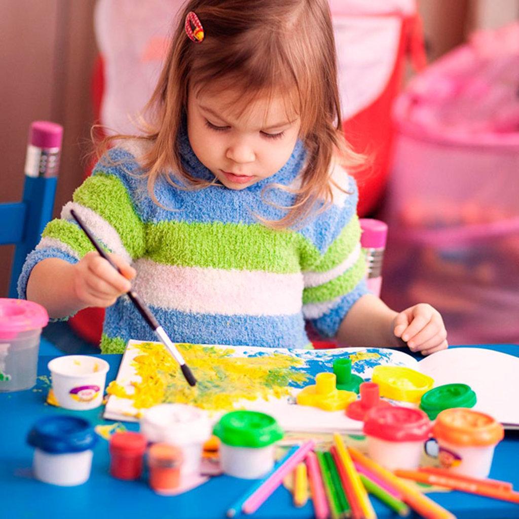 Дошкольное образование детей: Обучение рисованию детей в Нолики, школа эстетического воспитания