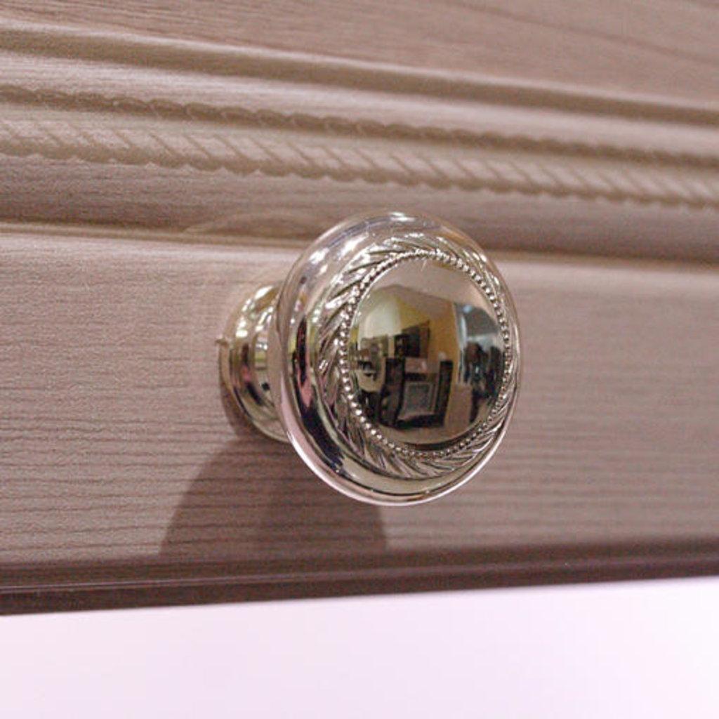 Тумбы и стойки под телевизор и аппаратуру: Тумба для телеаппаратуры 11 Брайтон в Стильная мебель
