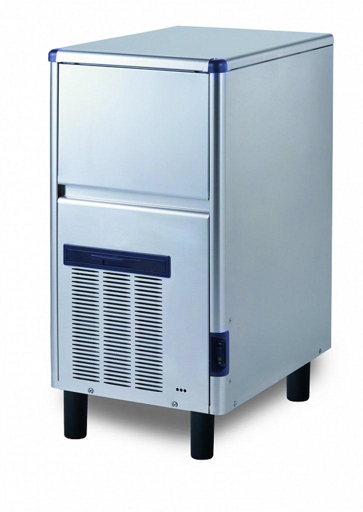 Холодильное оборудование: Льдогенератор в МСЦ Хладоновые системы, ООО