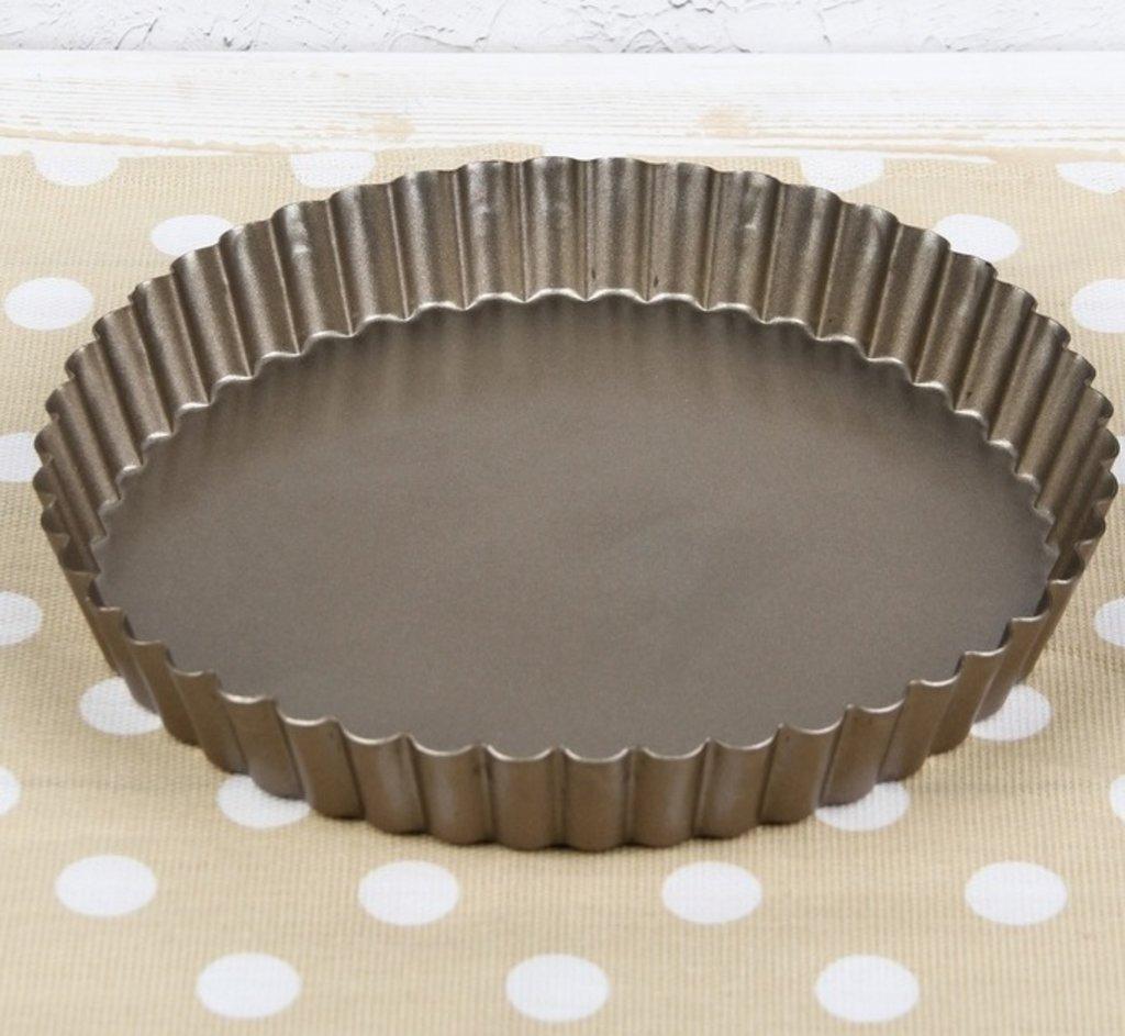 """Металлические и разъёмные формы для выпечки: Форма для выпечки 23х3 см """"Рифленый круг. Доротея"""", антипригарное покрытие, цвет МИКС в ТортExpress"""