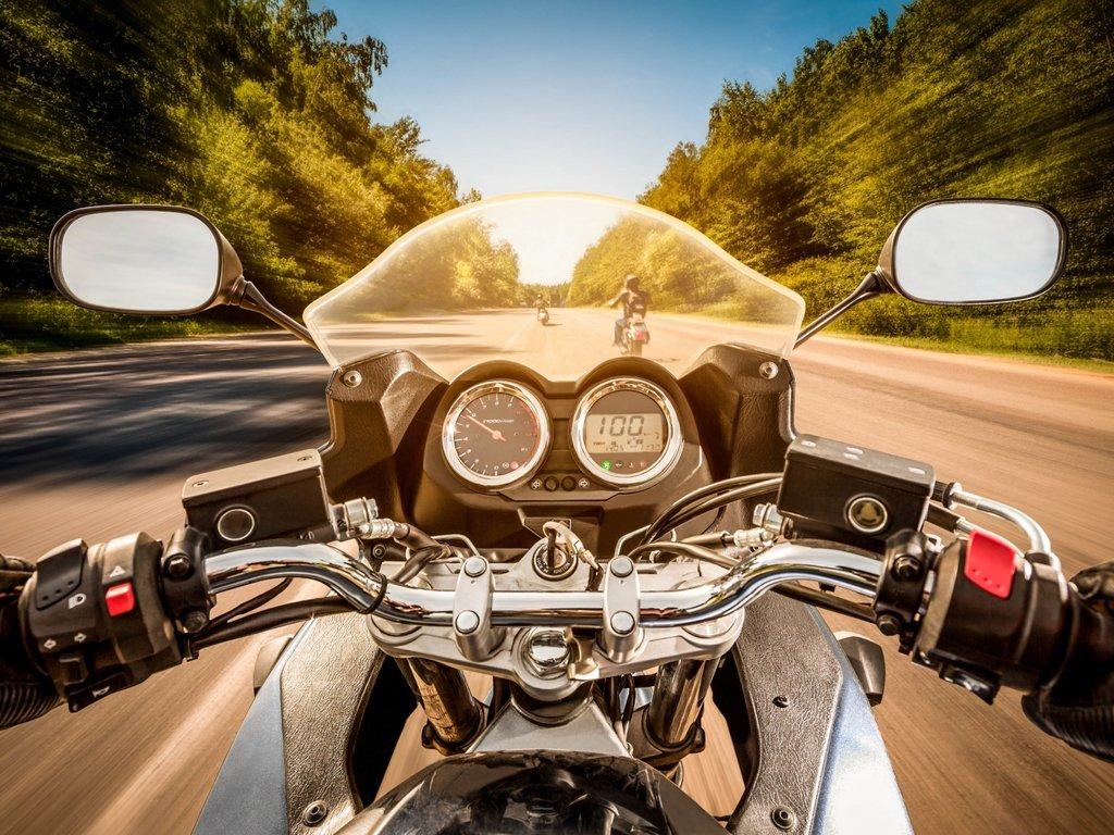 Автошкола: Вождение мотоцикла в Авто-Профи, автошкола
