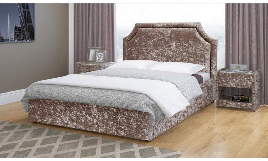 Кровати: Кровать двойная Беатрис из ткани в Уютный дом