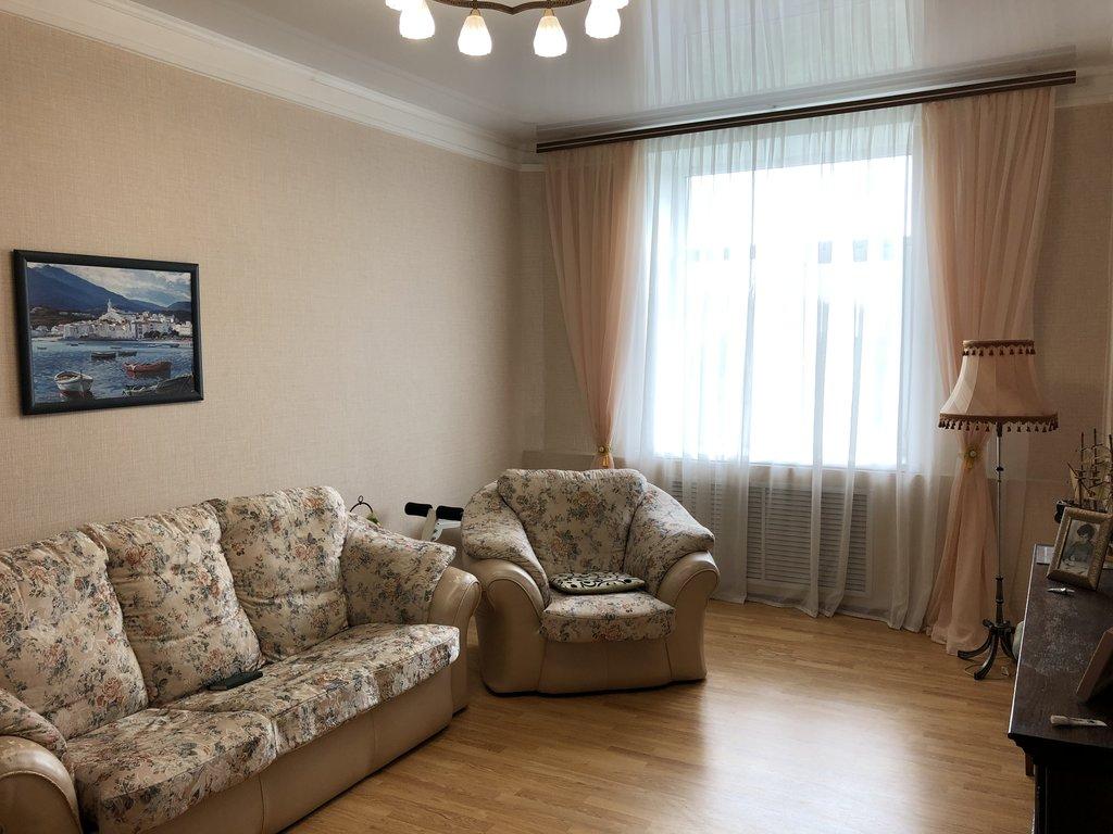 3-комн. квартира: г. Орск, пр. Ленина, д. 53 в Континент