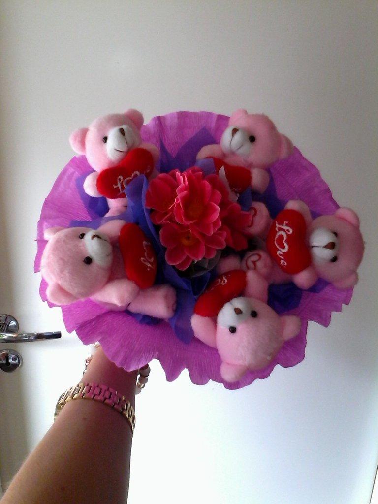 Сувениры, подарки: Букет из мягких игрушек № 3 в Николь, магазины цветов