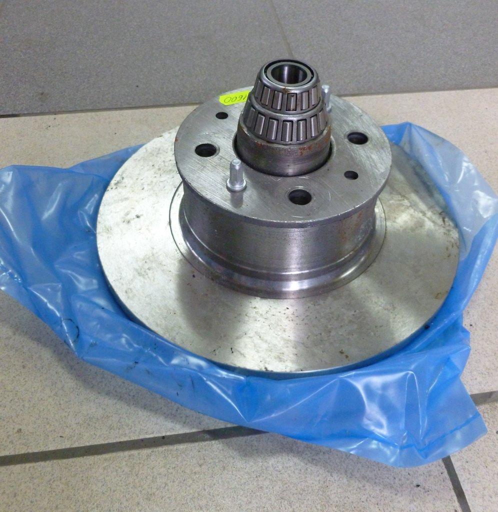Элементы тормозной системы, общее: ступица в сборе с диском и подшипниками Ваз 2101-07 в Автоцентр