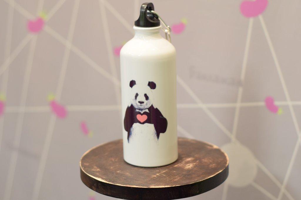 Бутылки для воды: Бутылка спортивная для воды (металлическая, белая, 600мл) в Баклажан, студия вышивки и дизайна